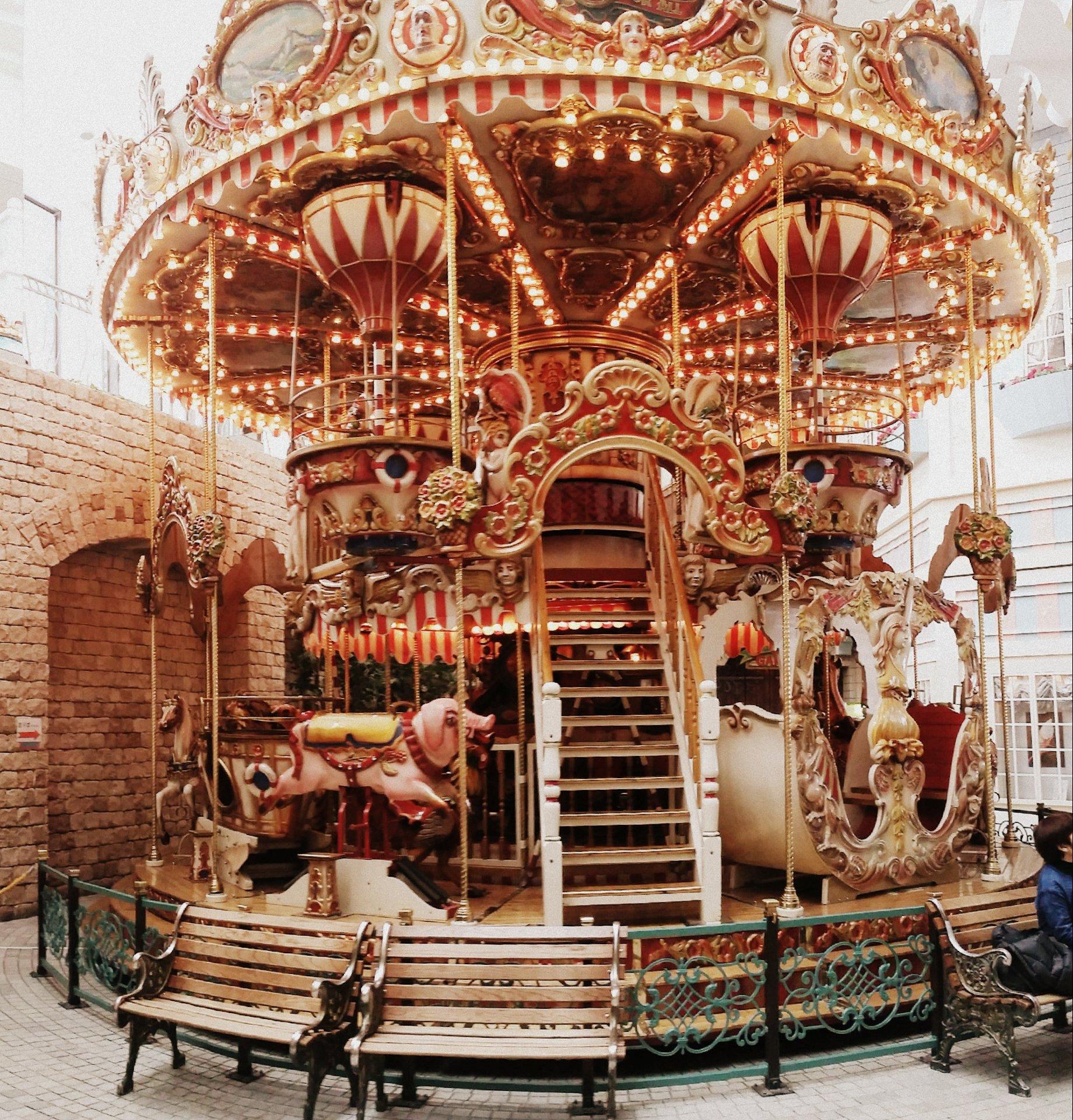rusutsu carousel